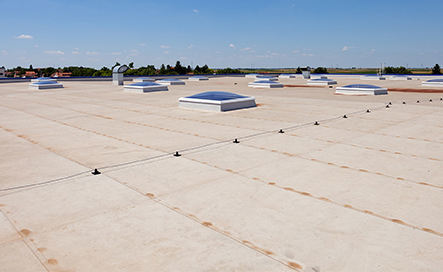 Commercial modified bitumen roofing installation